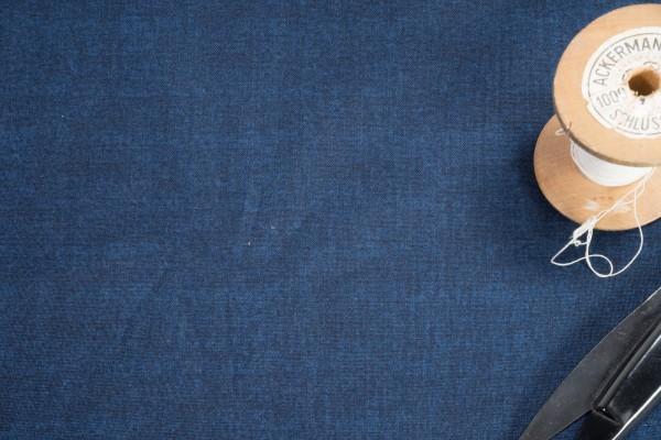 makower Linen Texture 60 Shades Navy 1473 B10