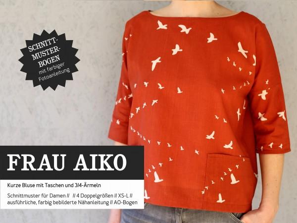 FRAU AIKO • kurze Bluse mit Taschen, Papierschnitt, Deckblatt
