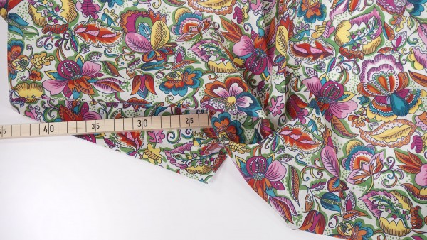 Liberty Fabrics • Passion Blooms • Tana Lawn™ Cotton