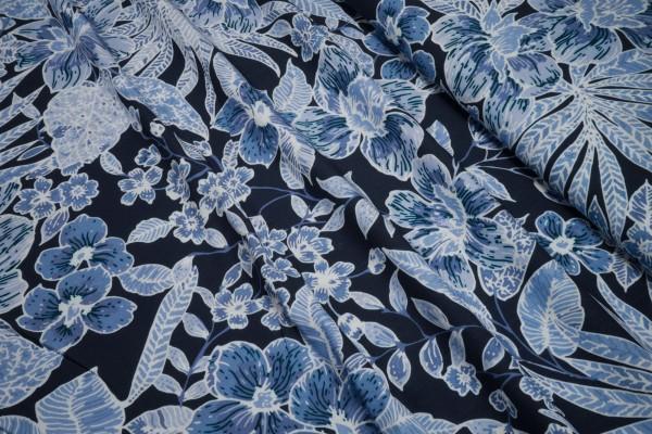 Viskose Blumenprint hellblau auf dunkelblau
