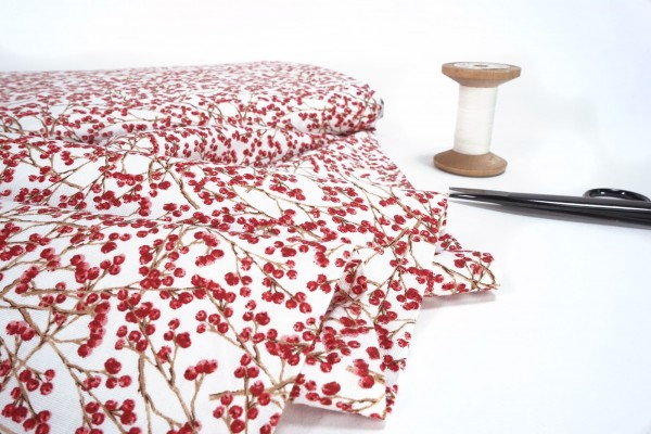 3 wishes Winter Forest Collection Cranberries 16649-WHT-CTN-D